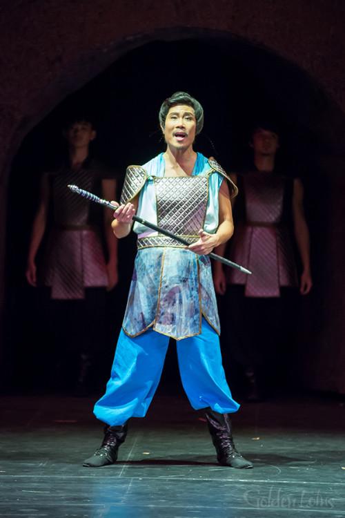 Boon Ho Sung as Wu Sung, Hong Kong